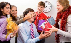 Подарунки колегам на Новий 2020 рік