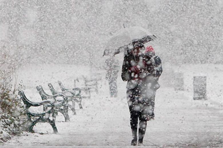 Сильні снігопади взимку та похолодання
