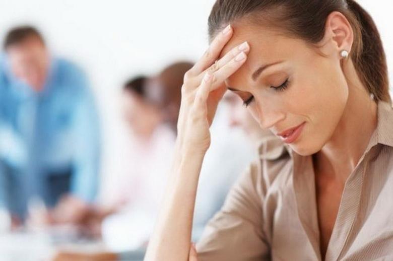 У жінки болить голова від магнітних бур