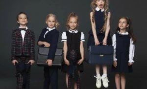 Модна шкільна форма для дівчаток 2021-2022