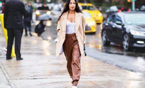 Жіночі брюки на осінь 2022 року